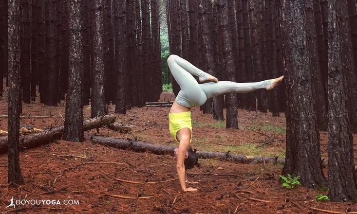 5-Ways-to-Bring-Meditation-Into-Your-Asana-Practice